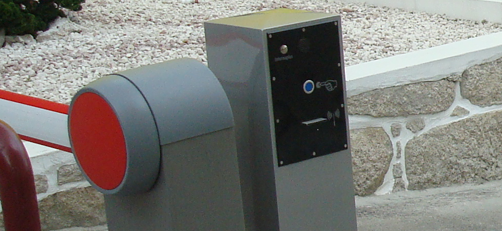 slide1-e